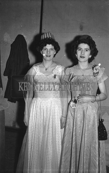 16th February 1954; Two Women Posing At The 7th Annual Traly Footwear Dress Dance And Buffet At Ashe Memorial Hall Tralee. Music Supplied By The Alan Beale Orchestra.