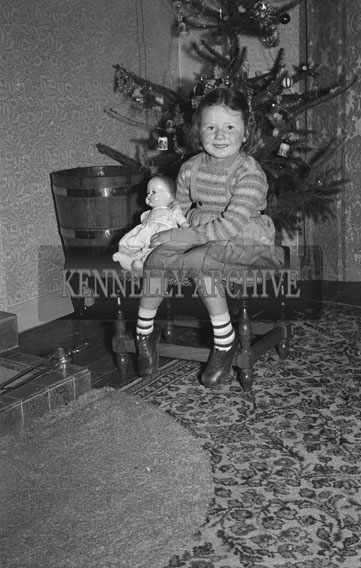 December 1953; The Fitzmaurice Child At Home During Christmas.