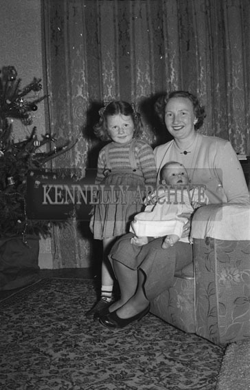 December 1953; Mrs Teresa Fitzmaurice With Her Children At Home During Christmas.