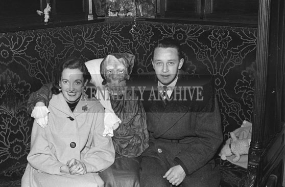 25th December 1954; Members Of The Kennelly Family Celebrate Christmas Day With Santa At Castle Street, Tralee.