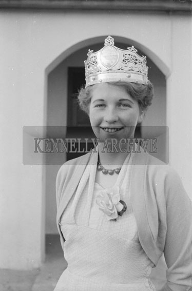 4th February 1956; Annie Mai Donegan, The Queen Of Plough, Dressed Up In Her Crown At Home In Causeway.
