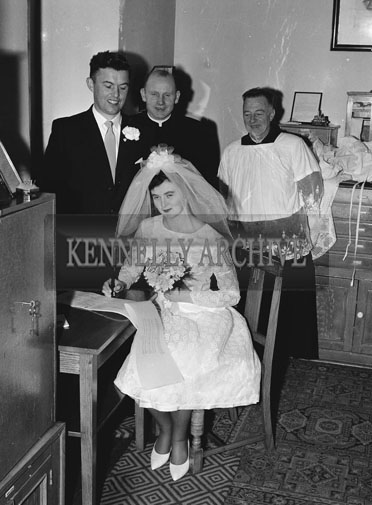 April 1962; A photo taken at a wedding which took place at The Church of the Immaculate Conception and was followed by the reception at the Meadowlands Hotel.