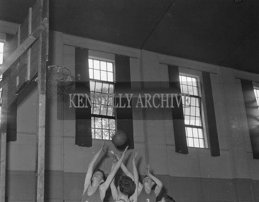 26th May 1962; An action photo taken at the first ever Munster Juvenile Championship where St Brendan 31-32 at the CYMS in Tralee.