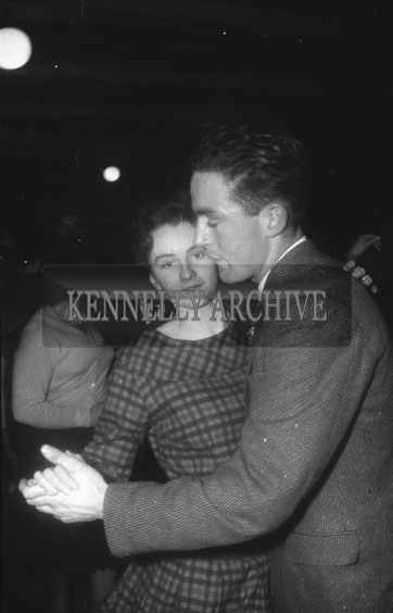 23rd December 1962; People enjoying the night at a dance which took place in Firies. Music at the dance was provided by the Rhythm Aces.