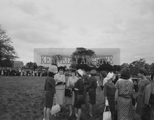 7th September 1962: A photo taken at the Motor Track Racing in Tralee Town Park during the Festival Of Kerry.