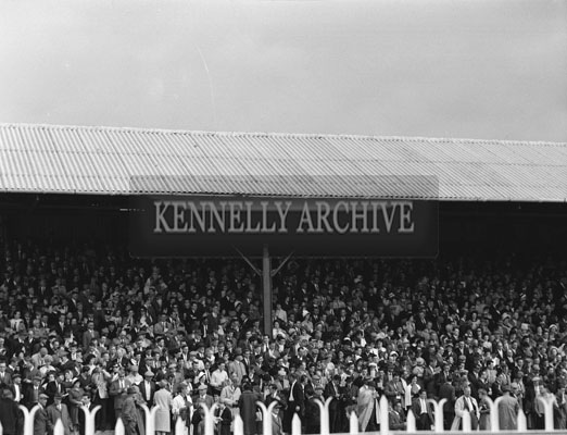 6th September 1962; A crowd photo taken at the Tralee Races during the Festival Of Kerry.