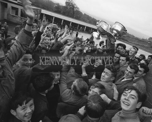 24th September 1962; A photo taken as the All-Ireland Senior and Minor Trophies were taken to the Tralee Technical School. Kerry Senior Captain Sean Og Sheehy received a big reception.