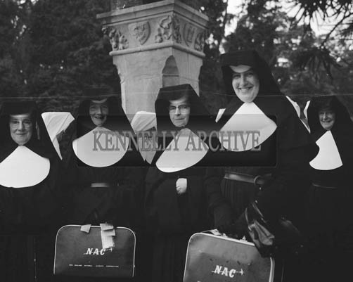 June 1964; A group from Presentation Novitiate in Oakpark leaving for a Mission in New Zealand.