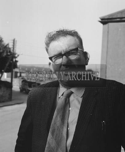 29th August-3rd September 1964; A photo of a man in Tralee during the Festival of Kerry.
