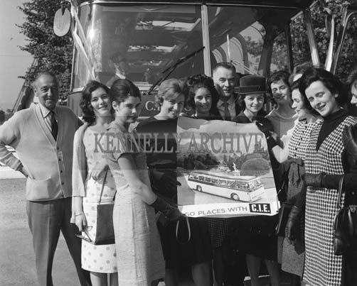 29th August-3rd September 1964; A photo of the Roses display a poster for CIE during the Festival of Kerry.