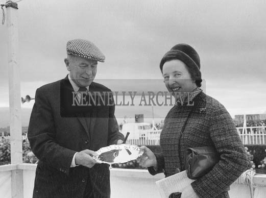 2nd September 1964; A photo of a prize presentation at Tralee Races in Ballybeggan.