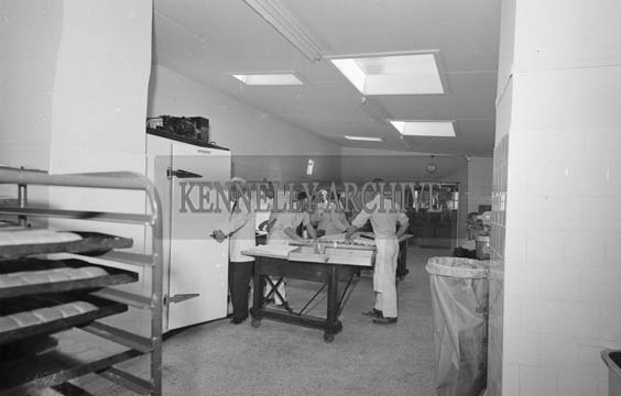 September 1964; A photo of workers in Latchfords Bakery in Tralee.