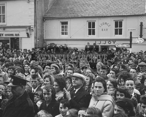 4th October 1964; A photo of the crowd at the unveiling of a permanent plaque commemorating Abbeyfeale's 1962 and 1963 Glor na Gael victories. The plaque was unveiled by An tAthair Tomas O'Fiaich, professor of Modern History in Maynooth and President of Cumann na Sagart.
