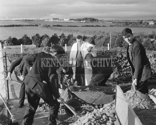 October 1964; The Agricultural Science Class at Causeway Technical School. Kerry's First Senior Technical Course provided Agricultural and Industrial students with an education in a natural environment. Subjects were: Rural Science, Construction, Engineering, Welding, Surveying, Land History, Biology and Calculations. Classes were on Mondays throughout October and November.
