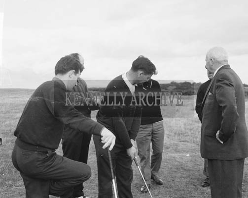 October 1964; A photo of a Golf exhibition at Dooks Golf Course.