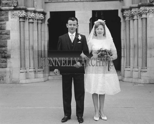 November 1964; A photo taken of the bride and groom at the Lyons/O'Grady Wedding which took place at St James' Church in Killorglin.