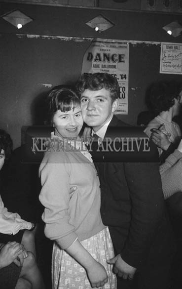 6th December 1964; People enjoying themselves at a dance in Ballymacelligott.
