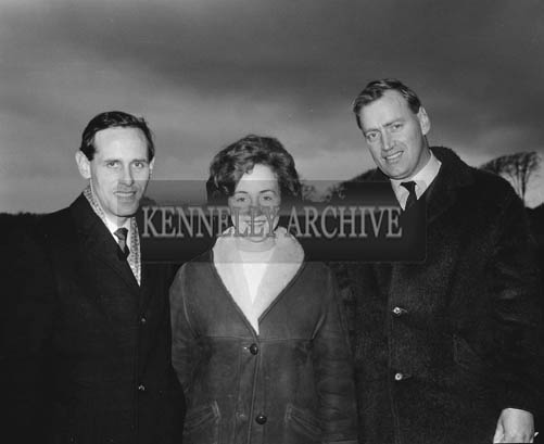 29th December 1964; Tom Riordan (left) and Ray Chute at the Kingdom Cup coursing meeting in Ballybeggan Park, Tralee.