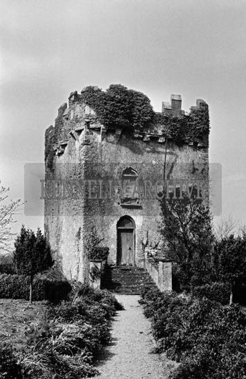 April 1957; A photo of Dunloe Castle, Beaufort.