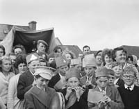 28th June 1964; A photo of Brosna Wren Boys who took part in the Feis Uibh Rathaig as part of Ballinskelligs Feis.