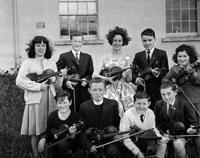Micheál à Duinn's Violin Students